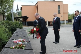 Jan Dziedziczak złożył kwiaty na Konteszyńcu