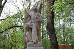 Pomnik ofiar wojennych w Karwinie Franciszka Świdra