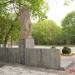pomnik2784