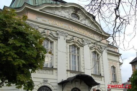 Teatry bez granic