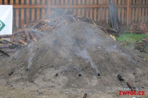W Koszarzyskach płonie miylyrz