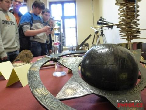 Wystawa przyrządów do astronawigacji