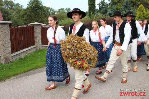 Tłumy na dożynkach w Oldrzychowicach (zdjęcia)
