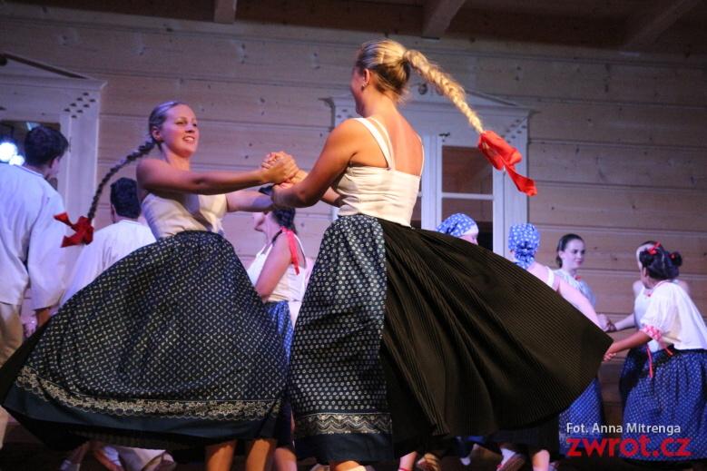 Tańce ludowe w roli głównej
