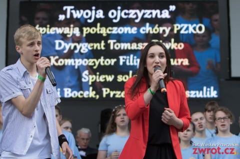 Wzruszający hymn festiwalowy (zdjęcia)