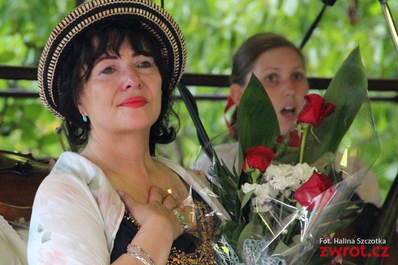 Na Dożynkach żegnali Konsul Annę Olszewską