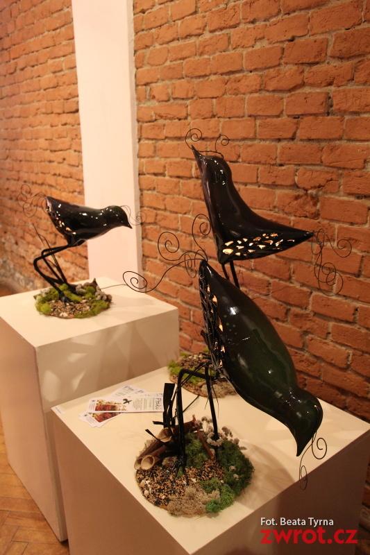 Ceramiczne ptaki w cieszyńskim Domu Narodowym