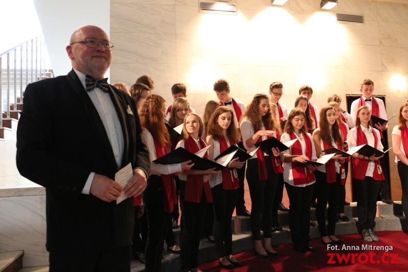 Koncert młodych chórów w Trisii