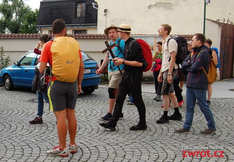 Na Światowe Dni Młodzieży z Wiednia przez Karwinę