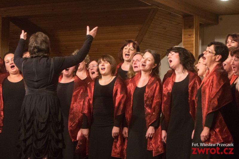 Melodia i Collegium Canticorum w srebrnym paśmie