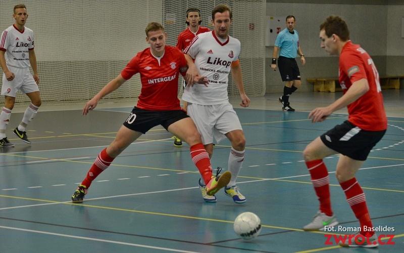 Futsaliści Trzyńca nie sprostali liderowi