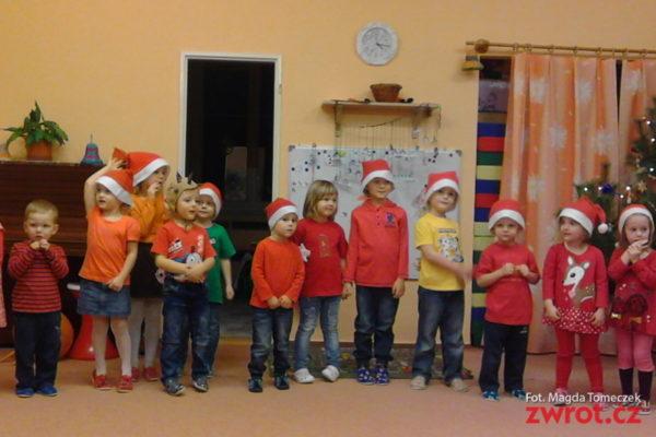 Mikołaj przyjechał też do Ropicy