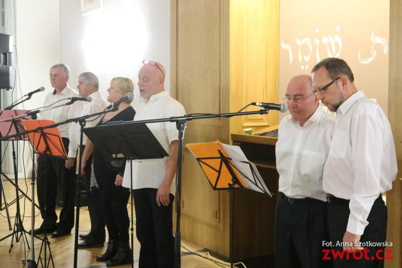 Słuchacze MUR śpiewali kolędy (ankieta)