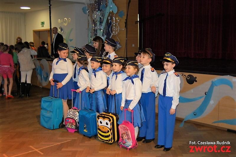 Kosmiczna zabawa uczniów karwińskiej polskiej szkoły