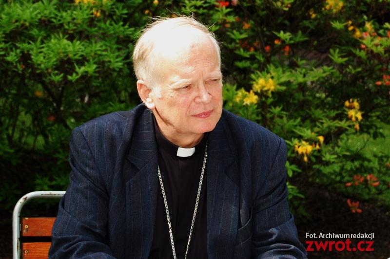 Biskup Lobkowicz w szpitalu