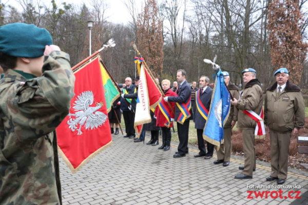 Uczcili pamięć 24 żołnierzy powieszonych w 1942 r.