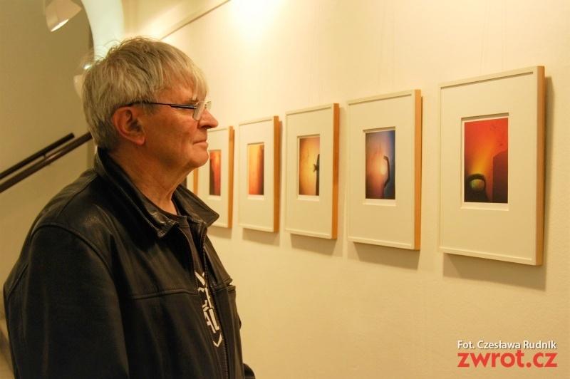 Bronisław Liberda wystawia swoje grafiki