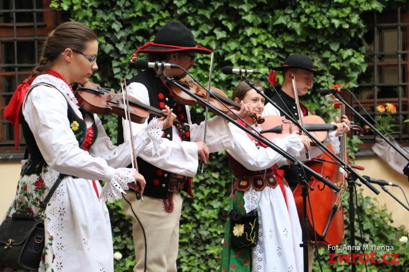 XII Dzień Tradycji i Stroju Regionalnego