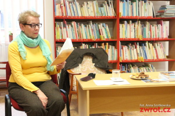 Krystyna Roszak czytała opowiadania w Mostach