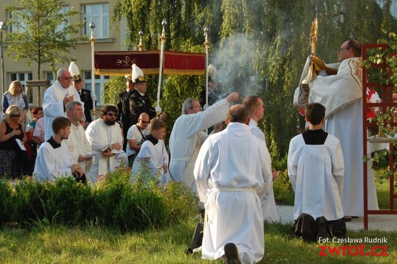 Dziewięćdziesiąt lat kapłaństwa