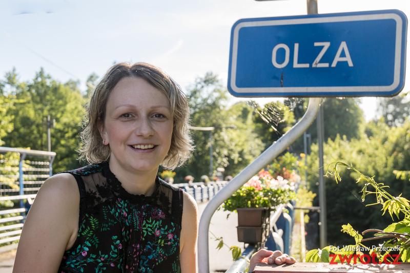 Magdalena Ćmiel gościem karwińskiej biblioteki