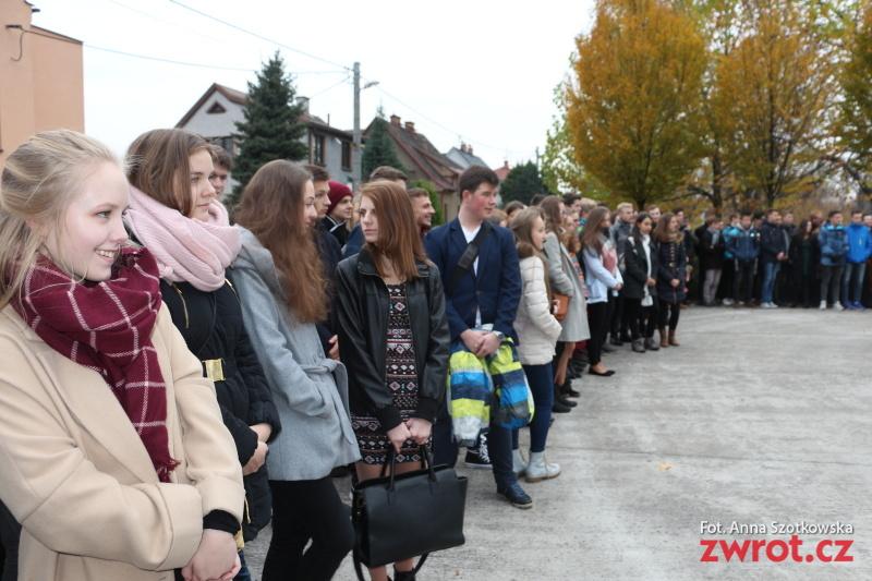 Uczniowie Gimnazjum uczcili Święto Niepodległości