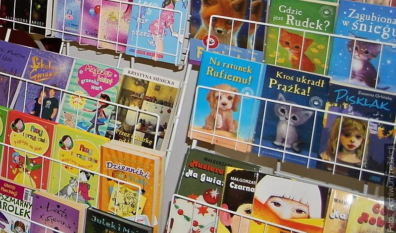 Kalendarz biblioteczny czyli wakacje z książką