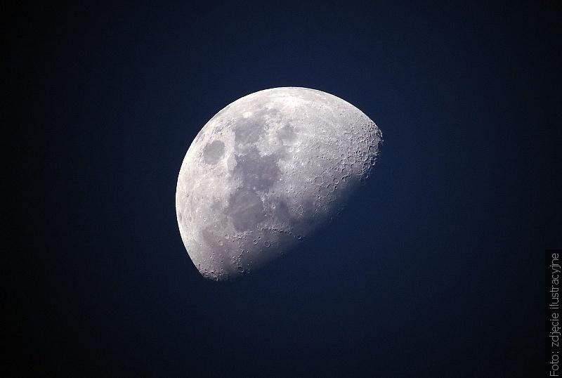 Bezksiężycowa noc