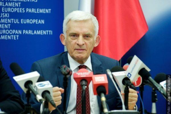 """Jerzy Buzek w talk show """"Zaolzie potrafi"""""""