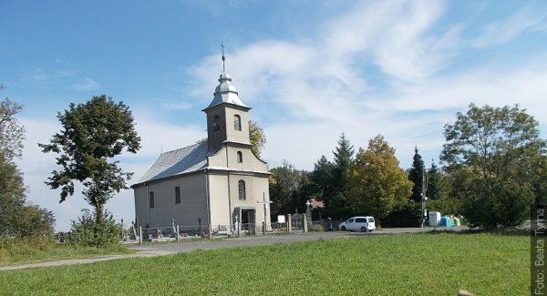 """Spacery ze """"Zwrotem"""": Kościół św. Michała Archanioła w Trzycieżu"""