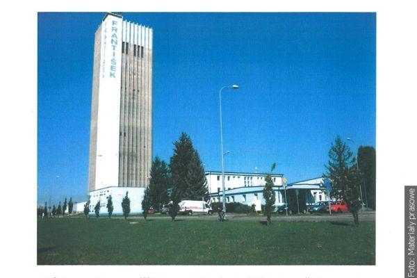 Z wieży Franciszek widać Beskidy