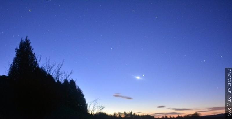 """""""Zwrot"""" astronomicznie: Na niebie rządzi Wenus"""