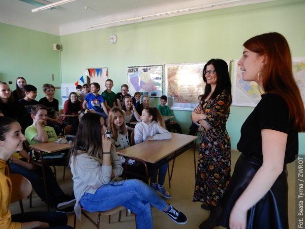 Zagraniczni studenci gościli w czeskocieszyńskiej podstawówce
