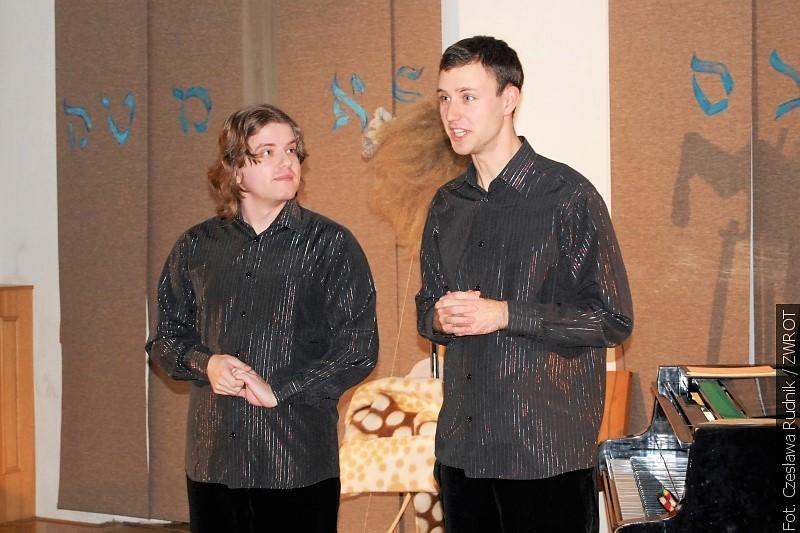 Dzieje muzyki potraktowali młodzi artyści z humorem