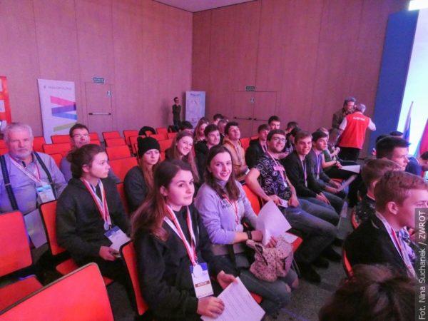 Młodzieżowe Zimowe Mistrzostwa Polonijne rozpoczęte (zdjęcia)