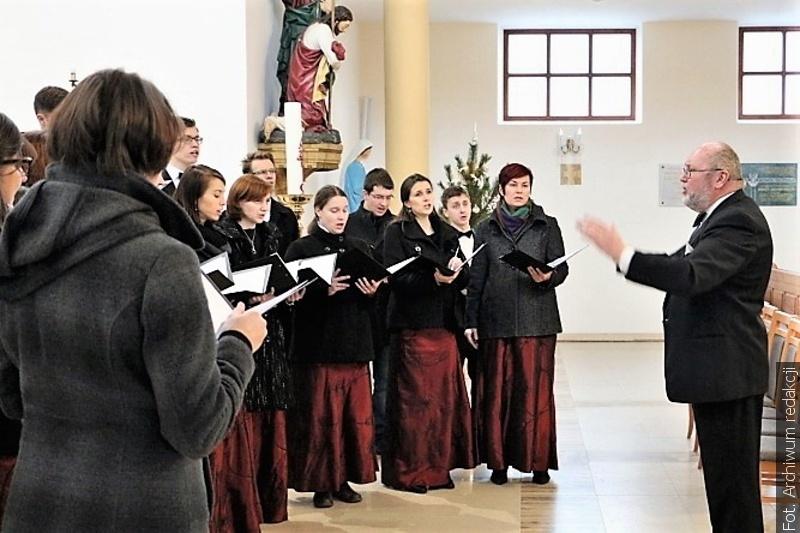 Chór Canticum Novum zaprasza w Niedzielę Palmową na koncerty pasyjne