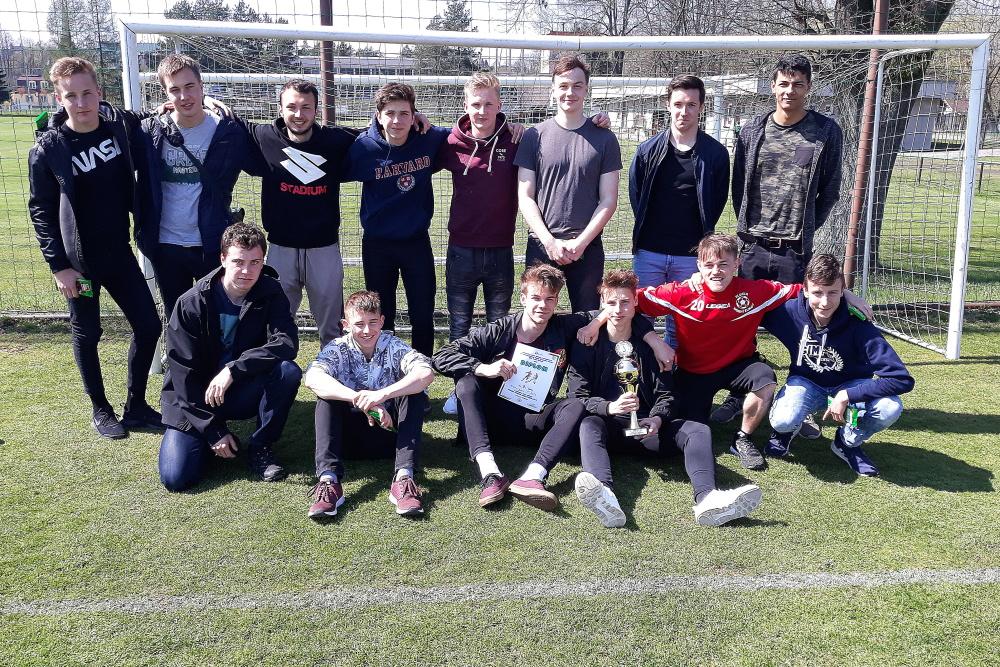 Piłkarze z Polskiego Gimnazjum zagrają w wojewódzkich rozgrywkach szkół średnich