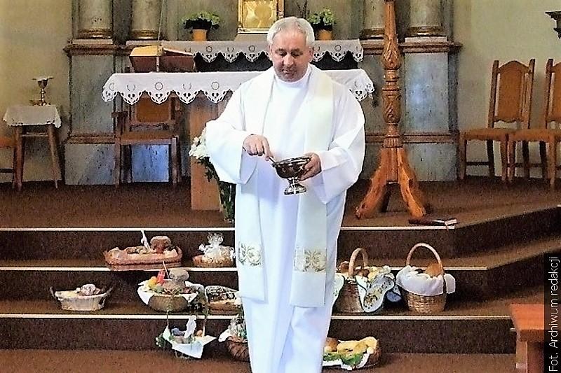 W Wielką Sobotę w domach spożywano uroczystą wieczerzę