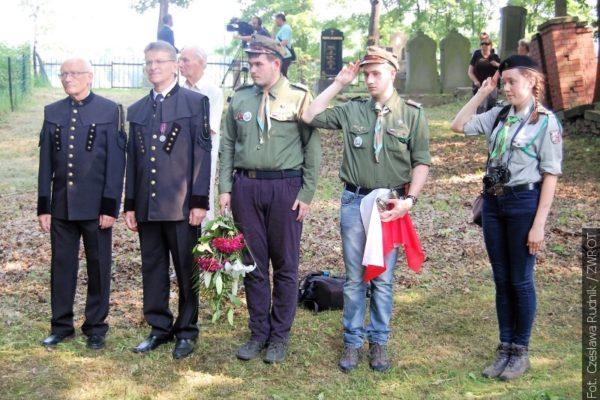 Na cmentarzu w Karwinie-Kopalniach uczczono pamięć ofiar największej katastrofy górniczej