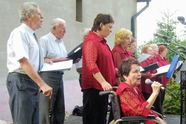 Na Festynie Ogrodowym w Rychwałdzie śpiewano polskie przeboje