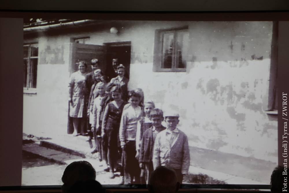 50 lat temu znaleźli w Bieszczadach nowy dom
