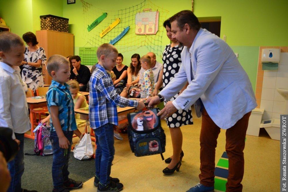 Pierwszy dzwonek w jabłonkowskiej szkole