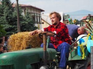 Co ma zrobić rolnik, który ma swoje gospodarstwa po obu stronach granicy?