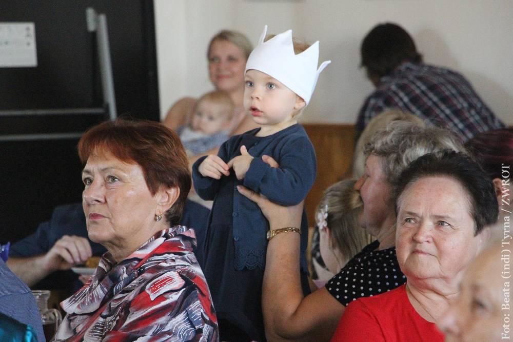 Suszanie i przedszkolaki na Święcie Ziemniaka w Olbrachcicach
