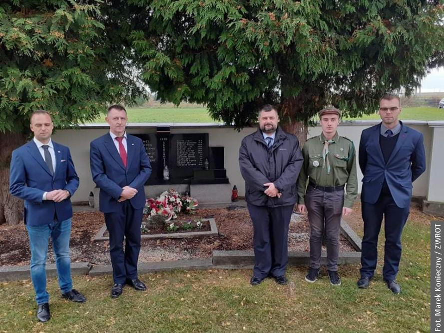 Pamiętają o Polakach, którzy zginęli w Skrochowicach