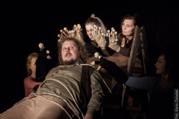 Twórcy przedstawienia zapowiadają niesamowite przygody Guliwera w satyrycznym nieco ujęciu