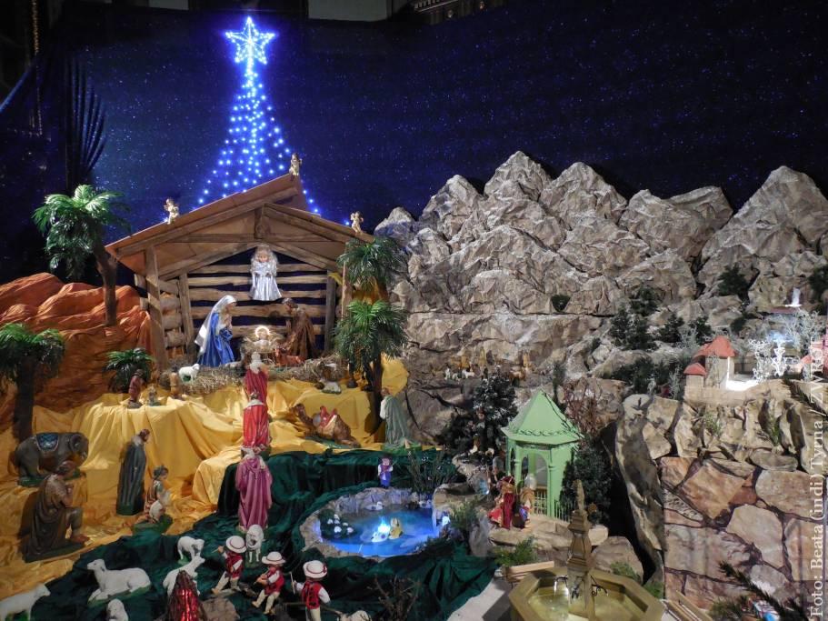 Szopka bożonarodzeniowa w kościele św. Marii Magdaleny w Cieszynie