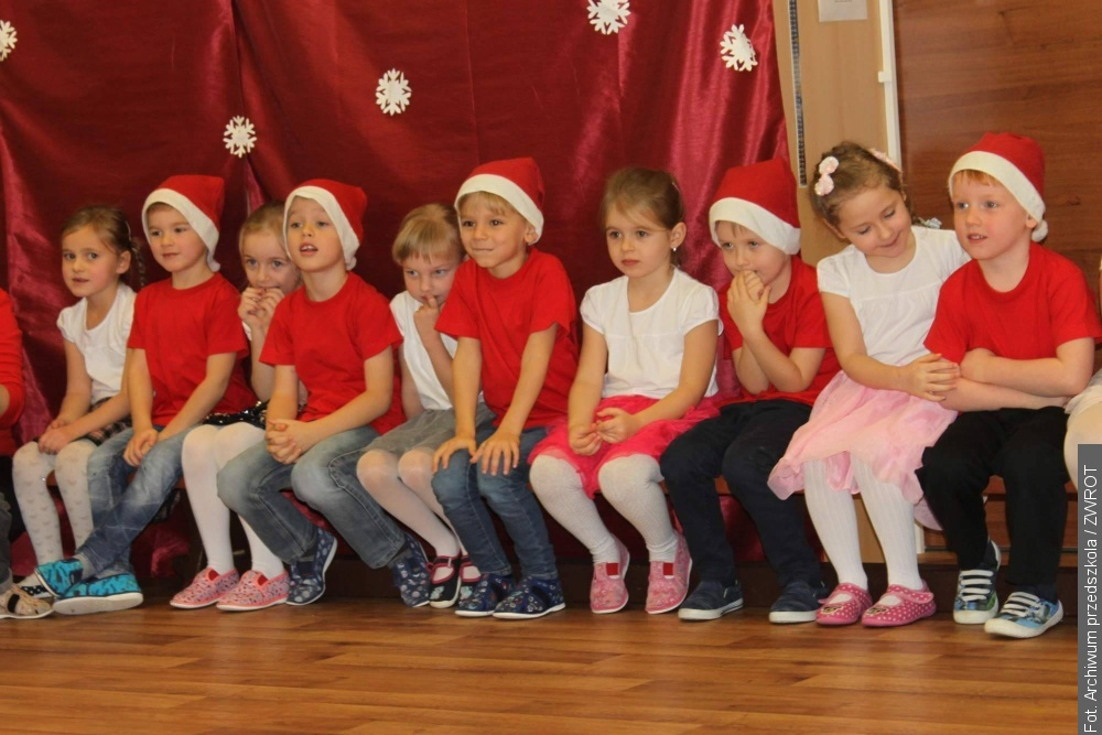 Gnojnickie przedszkolaki spotkały się z Mikołajem