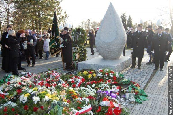 Kamienna łza upamiętnia ofiary tragedii w kopalniach regionu