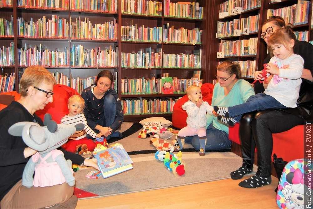 W nowym roku maluszki również będą spotykać się w bibliotece
